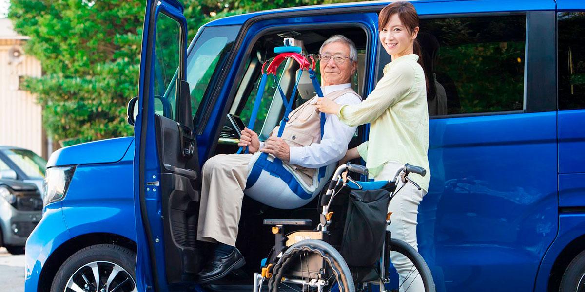 つるべーシリーズ車搭載型介護リフトCセット(N-Lift)|福祉車両専門店らぷれす