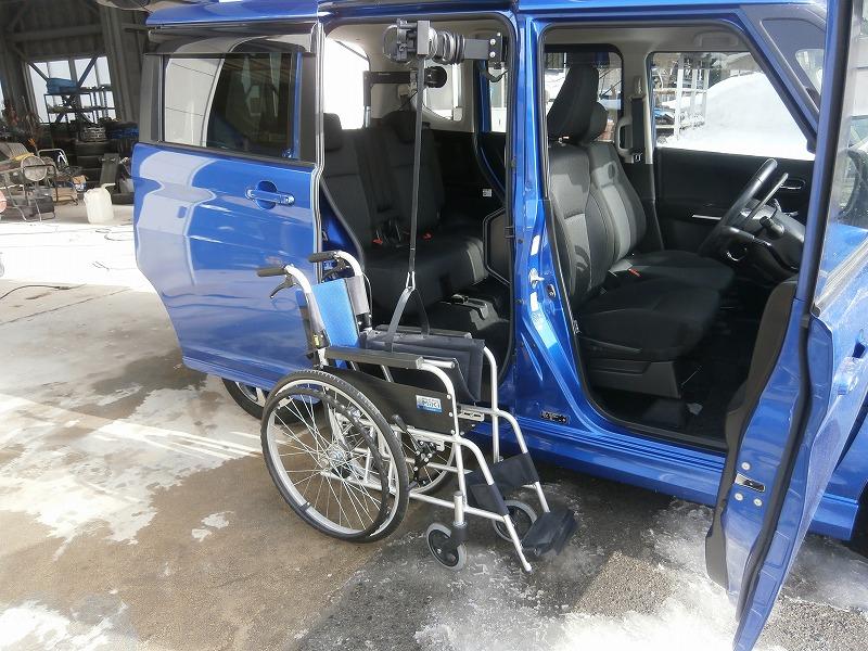 ピラーリフト|山形・福島・宮城で福祉車両を改造するなら福祉車両専門店らぷれす